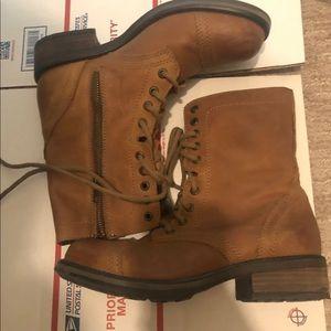 Steve Madden combat boots size 8